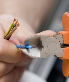 установка точечного светильника в гипсокартон