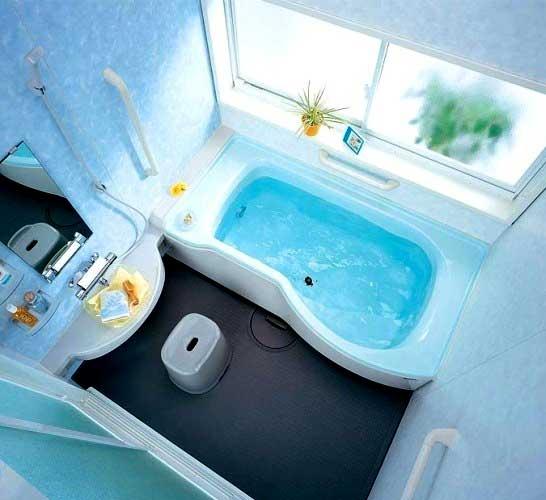 Интерьер небольшой ванны