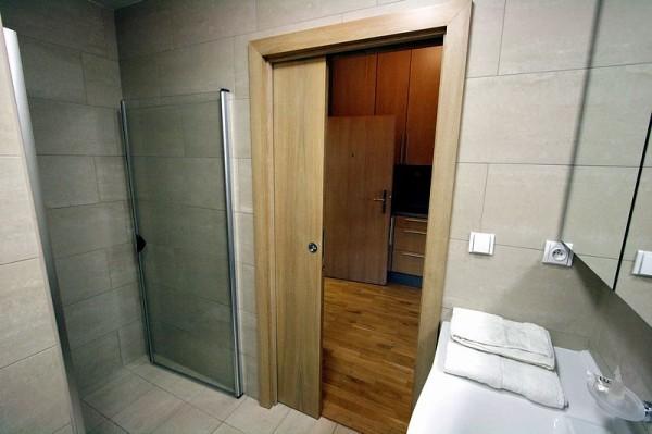 Двери для ванной комнаты фото