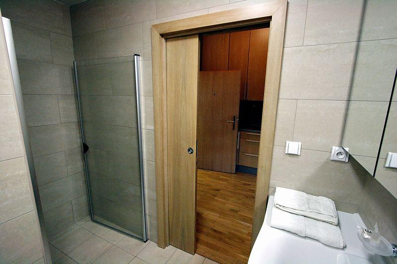 Двери встроенные в стену своими руками фото 27