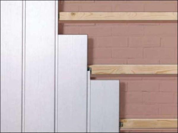 Как отделать стены пластиковыми панелями