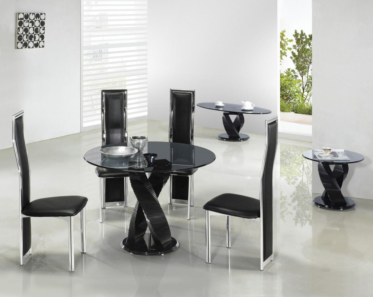 Стеклянные столы для кухни. Как выбрать стол на кухню из стекла ...