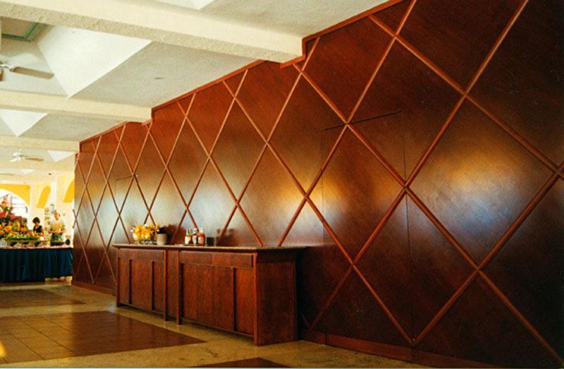 Применение деревянных панелей для облицовки
