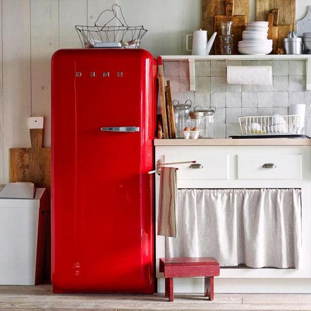 цвет холодильника на кухне