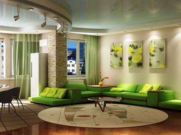 дизайн стены в гостиной над диваном