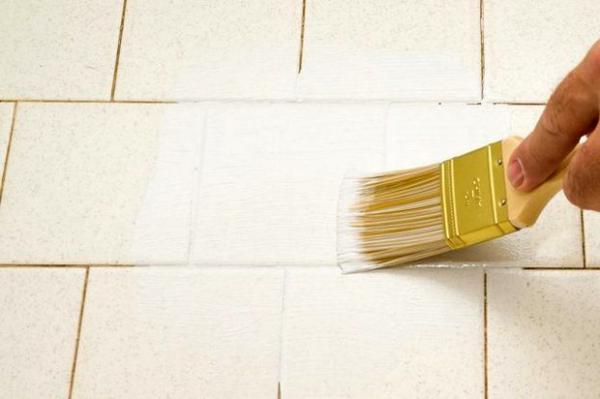 покрасить плитку