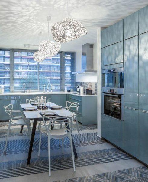 Голубые кухни фото