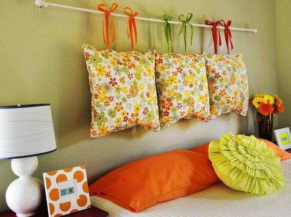 подушки вместо изголовья